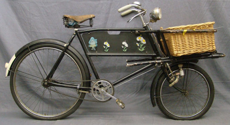 Bicycle Raleigh Parcel Carrier Male Frame Wicker