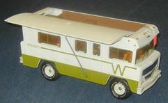 1975 Winnebago Indian Motorhome http://www.prices4antiques.com/Specialty-Vehicle-Tonka-Winnebago-Indian-Camper-No-3885-22-inch-B129723.htm