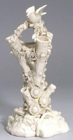 Belleek Porcelain Irish Vase Tree Stump Bird In Nest 2nd Black Mark 12 Inch