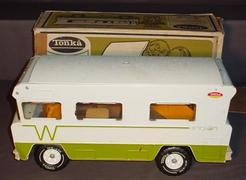 1975 Winnebago Indian Motorhome http://www.prices4antiques.com/Specialty-Vehicle-Tonka-Winnebago-Indian-Camper-No-3885-Original-Box-C210021.htm