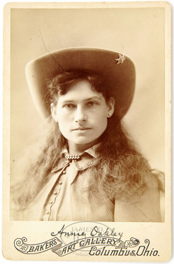Cabinet Card Photograph Baker Annie Oakley Applied Signature