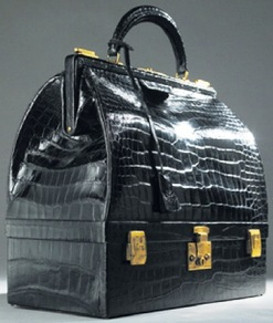 A Hermis Sac Mallette bag in black crocodile with gold plated brass  buckles 14c4439753d35