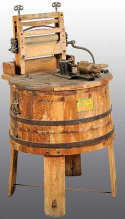 Coin Washing Machine >> Washing Machine; Universal, No 380, Tub on Stand, Ringer, 46 inch.