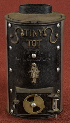 Stove Fatsco Tiny Tot Cast Iron Cylindrical 10 Inch